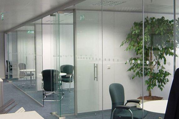 Vách kính văn phòng uy tín giá rẻ